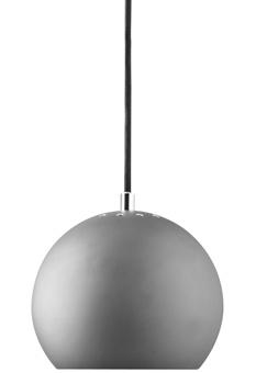 BALL PENDEL MAT GRÅ Ø 18 40W - Lysmesteren - Danmarks største kæde af belysningsbutikker. Fåes også hos Bolia.no