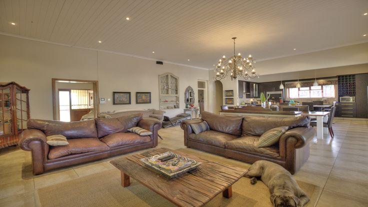 #homedecor #lounge #livingroom #living #reception #decor #interior #home #lifestyle #living #design