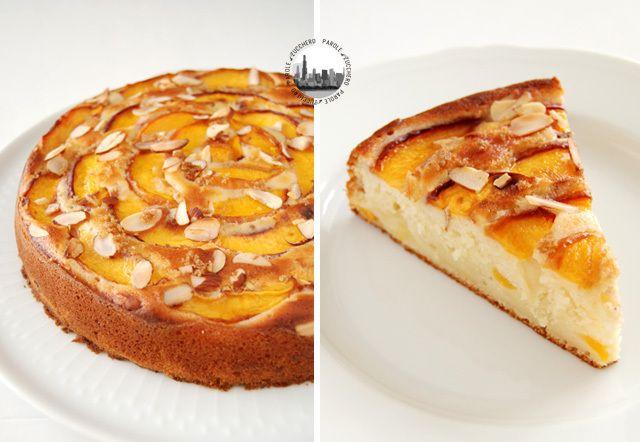 Soft peach cake, with yogurt and almonds!