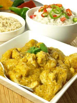 Gluten Free Chicken Korma Recipe: http://glutenfreerecipebox.com/gluten-free-chicken-korma/ #glutenfree