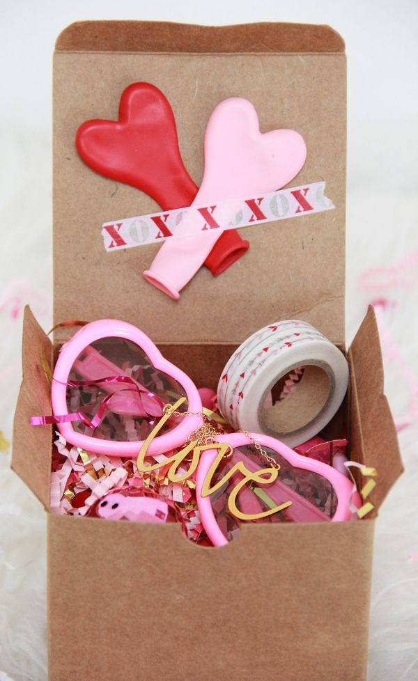 A Bubbly Life: DIY Valentine's Day in A Box