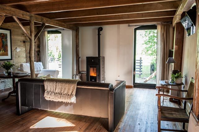 CASA ALEGRIA, een luxe verblijf (appartement) met keuken voor 2 personen in de grote (voormalige landbouw) schuur   Zeeuwse Schouwen-Duiveland.