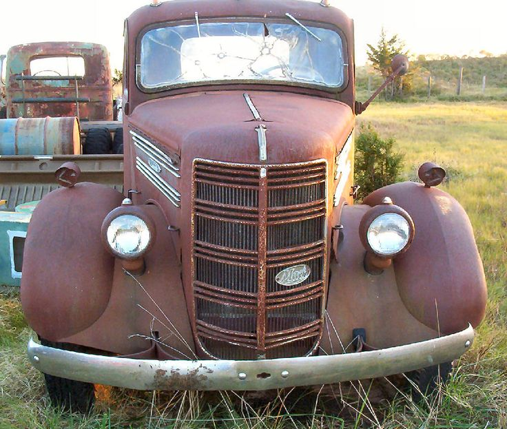 vintage trucks | Car Ranch, Like No Other Place On Earth! Classic / Antique Trucks ...