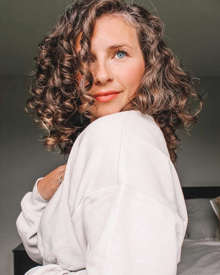 Kristy Curlyloveclubstories On Instagram Fine Hair Foam Who Knew This Is End Of The Day Hair Styling Only With Giovan In 2020 Hair Styles Fine Hair Hair