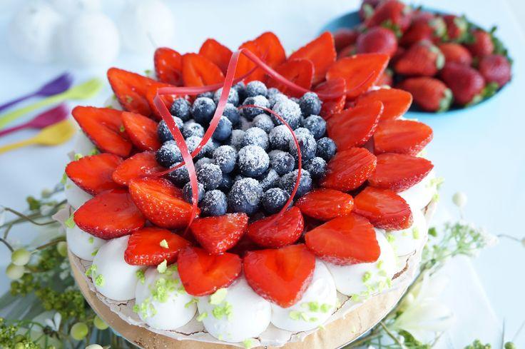 tort bezowy Primavera