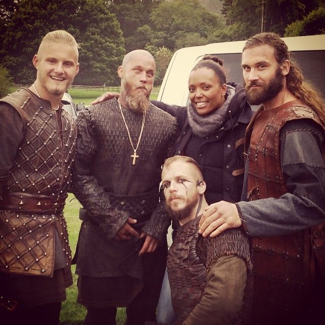 Aisha Tyler with the #vikings. This show needs to come back now...