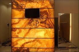 Znalezione obrazy dla zapytania kominek z onyksu