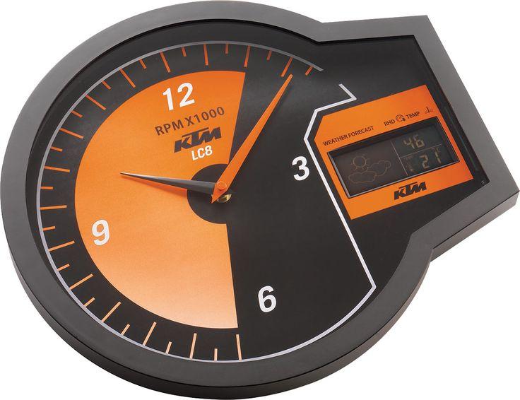 Le Rev Clock Digital est une horloge murale au look de compteur analogique