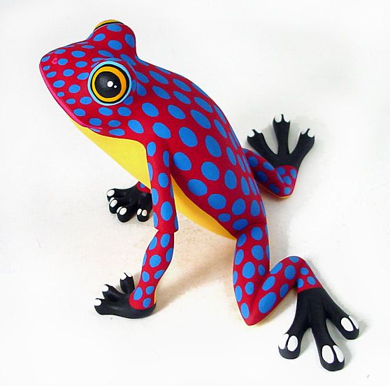 Oaxacan Wood Carvings Gallery Luis Pablo Zapotec Frog Mexican Carving558 x 552 | 86.7 KB | www.oaxacafinecarvings.com