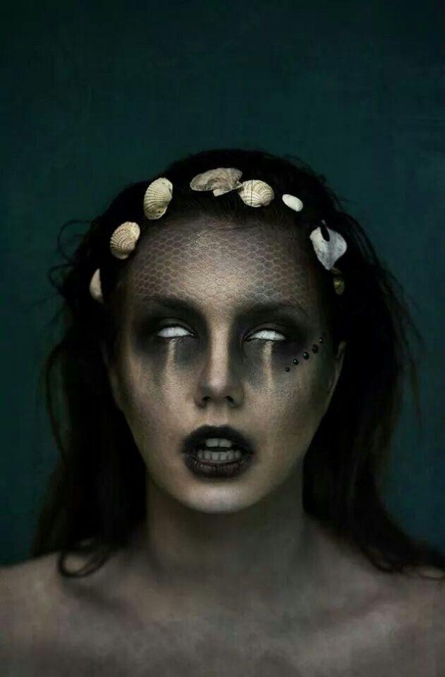 zombie-meerjungfrau-blinde augen-kontaktlinsen-halloween