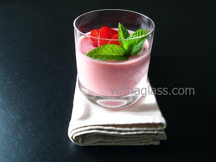 Strawberry and Yogurt Mousse | Indulge | Pinterest
