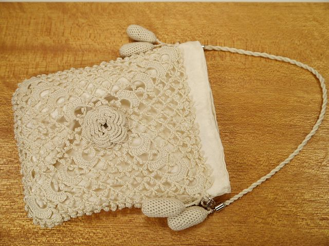 Irish Crochet Bag Free Pattern : Ravelry: Morpids Rose Opera Bag-free pattern crochet ...