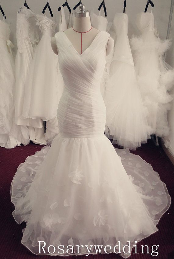 V neck organza mermaid wedding dress by Rosaryweddingdress on Etsy, $308.00