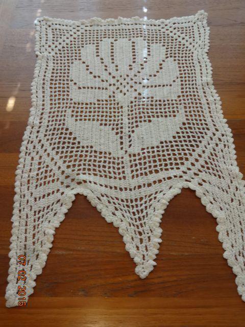 Mini Crocheted Kitchen Curtain