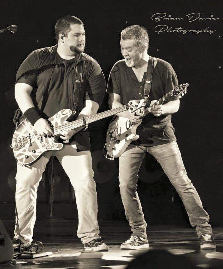 Eddie Van Halen ❤️ and Wolfgang Van Halen 2015