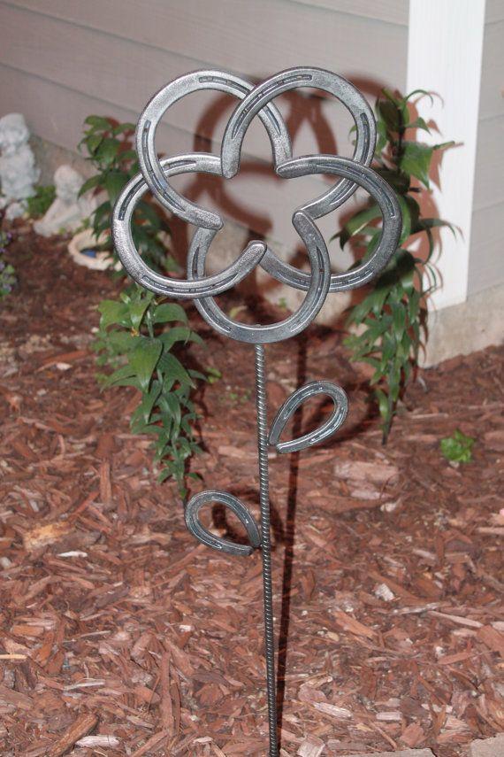 Horseshoe Flower by Turpinshorseshoes on Etsy