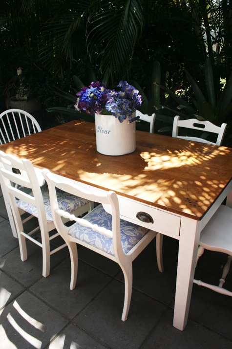 1920s Hoop pine table with six country farmhouse chairs in French provincial style.