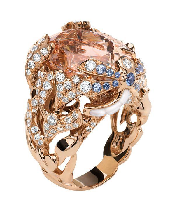 Кольцо Dior из розового золота 18 kt с морганитом, сапфирами и  бриллиантами