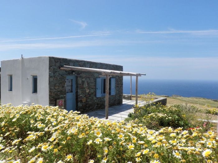 NOTOS Traditional Cottages | #Greece #Cyclades #Folegandros #Guestinn