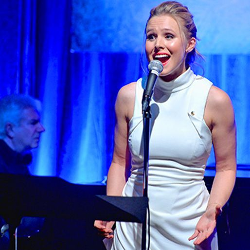 """Watch Kristen Bell Sing All Three Ages of Anna in Frozen's """"Do You Want To Build A Snowman?"""""""