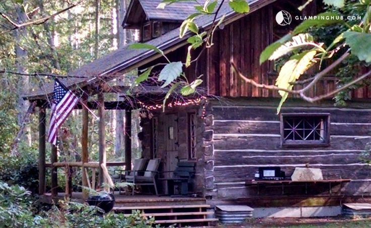 Vintage Cabin in Private 10-Acre Forest with Covered Porch on Vashon Island
