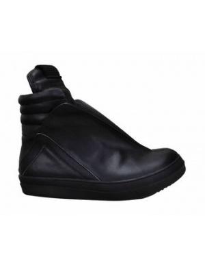 MANAWAH Zip Details Sneaker @Gail Regan Truax://www.shopjessicabuurman.com