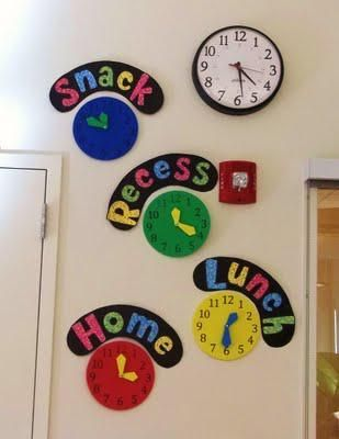 Math Preschool and Kindergarten Bulletin Board Idea - Great way to incorporate telling time into daily activities.
