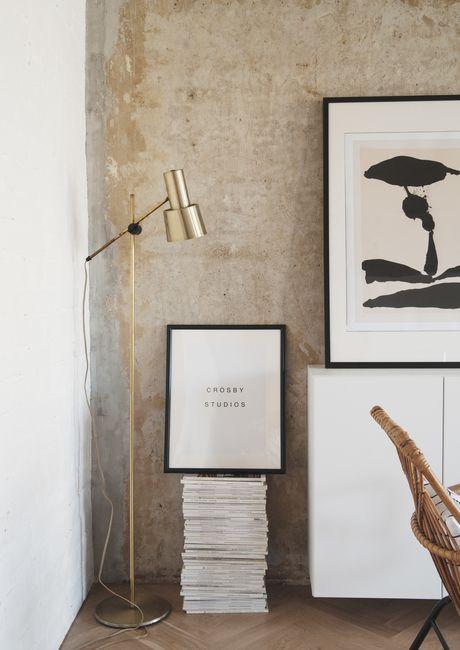 Concrete ceiling apartment