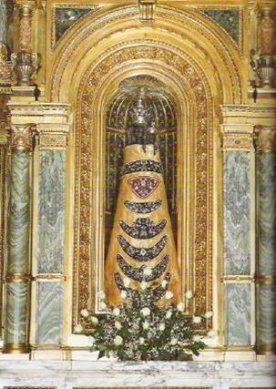LORETO (Italie) 2016 Notre Dame de Loreto LA VIERGE NOIRE.... (voir légende)