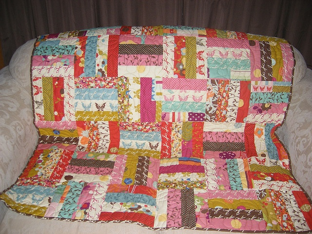 Quilt Patterns Using Moda Jelly Rolls : simple jelly roll quilt pattern fabric is moda wonderland Sewing Up A Storm Pinterest ...