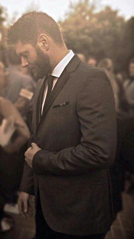Jensen Ackles takes my breath away!
