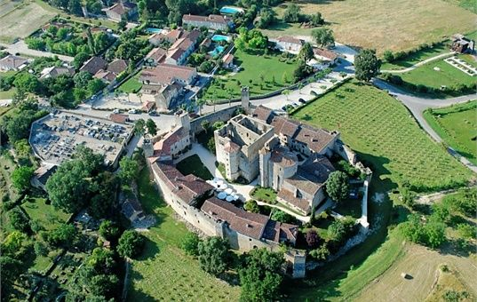 Larressingle, a plus beau Village de France (1 mile)