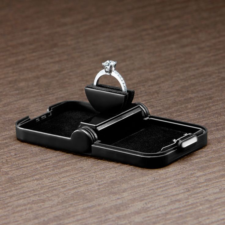Ring Stash. A slim ring box that rotates your ring as it opens.