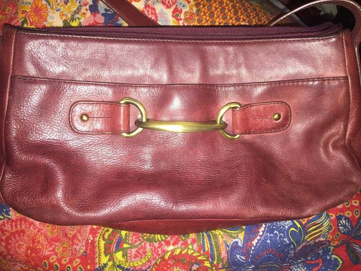 etienne Aigner signature cordovan saddle leather brass hardware vintage bag  #EtienneAigner #handbag