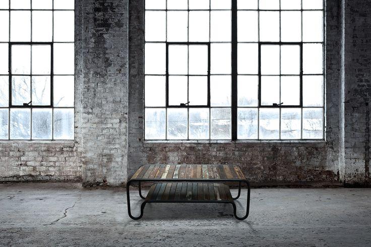 Rustikt Sofabord i Genbrugstræ