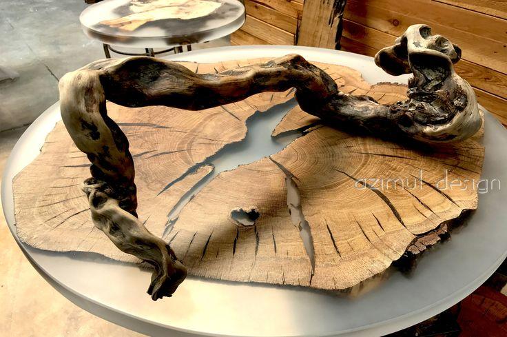 tavoli in legno e resina, resina trasparente, opaca o colorata. ogni prodotto è realizzato completamente a mano, per maggiori info www.azimutresine.it