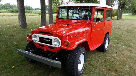 1974 FJ40 - Frame Off Restoration! Beautiful 4x4!Too many details to list but here are a few: Impeccable Paint Job throughout, New Seat covers front and back, New Headliner, New BF Goodrich All Terrain T/A KO2 tires, New Rims, Radiator restored, New clutch/bearing, New clutch master and slave cylinder, New brake master cylinder and calipers, New shocks and steering stabilizer, Front end steering rebuilt with new ball joints, Factory radio, All controls restored and functioning, All ...
