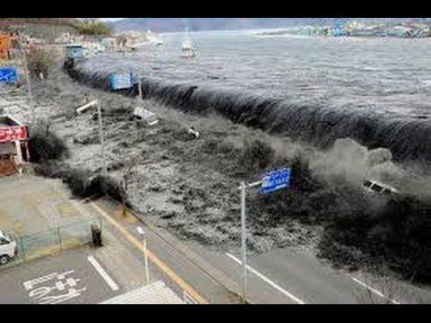 Japan Tsunami 2011 - Ocean Overtops Wall