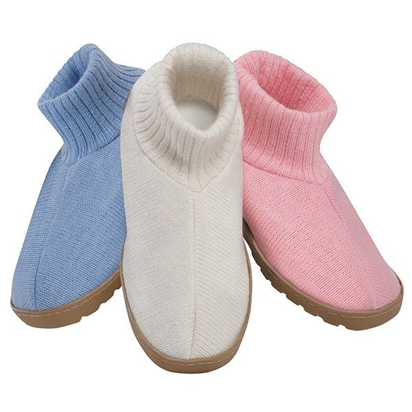 Temperature Control Built In! Cozy Comfort Slippers Give