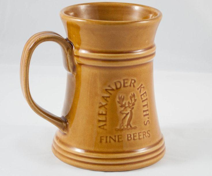 Chop à bière en céramique de la marque Alexander Keith de la boutique 3rvintages sur Etsy