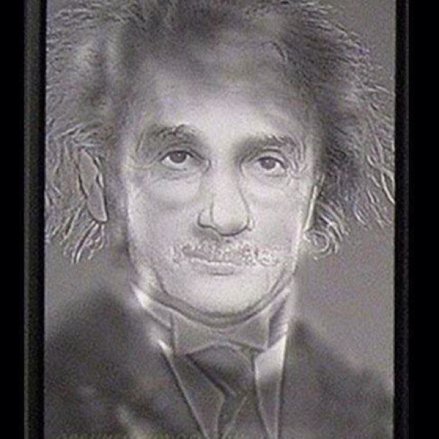 Look at this. Then squint until eyes are almost closed... It works!! I see Harry Potter. - I may be wrong