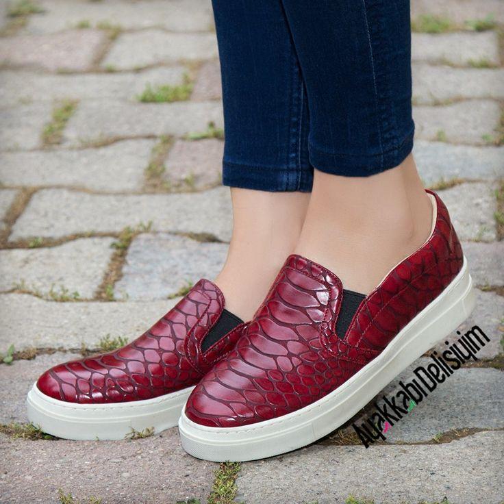 Kırmızı Spor Ayakkabı #sneakers #loafer #vans