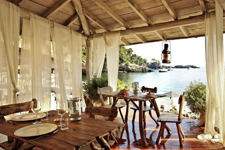 Lovely location for romantic beach weddings