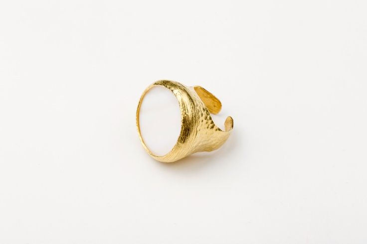 Everlast ring_Mother of Pearl - Gold plated