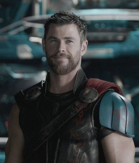 Chris Hemsworth in Thor Ragnarok.