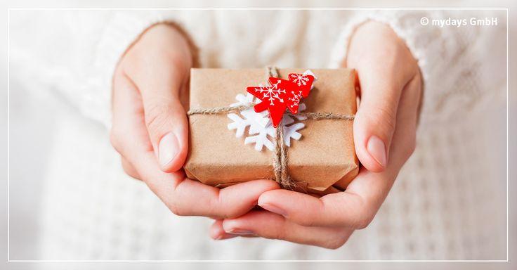 Ohne großen finanziellen Aufwand ganz leicht ein paar süße Weihnachtsgeschenke selber machen! Bei unseren Tipps ist bestimmt für jeden was dabei.
