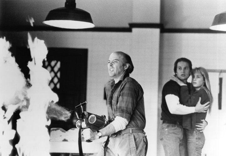 James Le Gros, Reggie Bannister, and Paula Irvine in Phantasm II (1988)