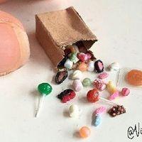 #polymerclay#clay#handmade#miniatures#miniature#candy#sweets#dessert#food#fakefood#miniaturefood#dollhouse#dollhouseminiatures#nukkekoti#käsityö#craft#fimo#karkkia#irtokarkkeja#sugar