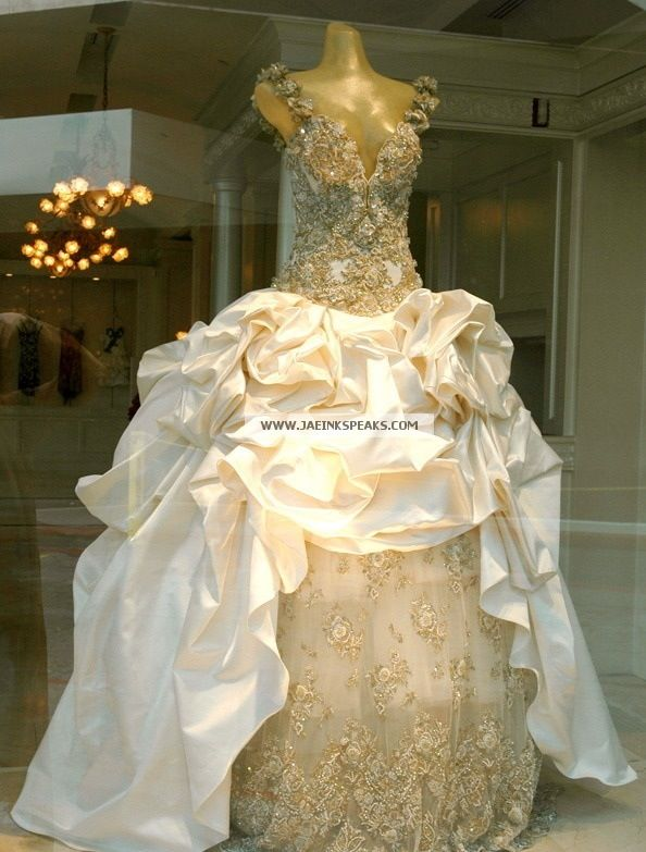 Beyonce 39 s wedding dress for best thing i never had music for Beyonce wedding dress pictures
