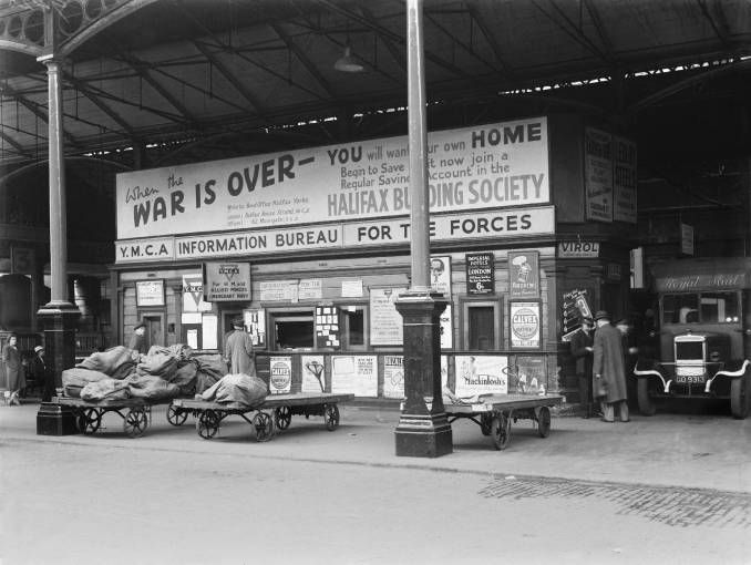 Advertisements at Euston station during the Second World War